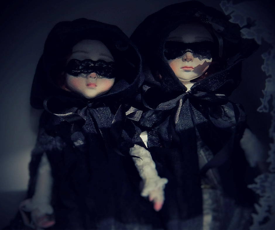 curious creatures (1)